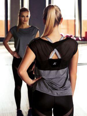 На картинці зображено - Жіноча оригінальна спортивна футболка Eldar Aida Fit | фото 3